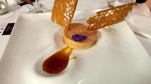Nama : Foie gras torchon yuzu confit et croquant de pain